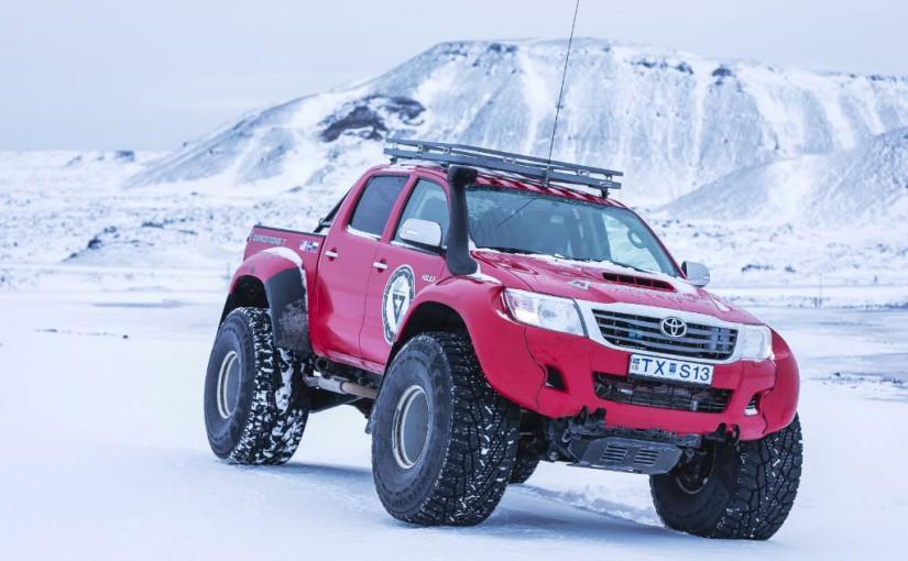 Nokian Tyres și Arctic Trucks lansează anvelopa Nokian Hakkapeliitta 44, noul vârf de gamă în rândul anvelopelor de iarnă destinate expedițiilor montane extreme