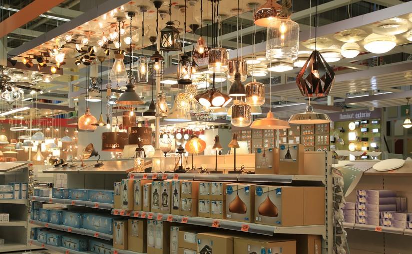 Hornbach reamenajează departamentele destinate corpurilor de iluminat