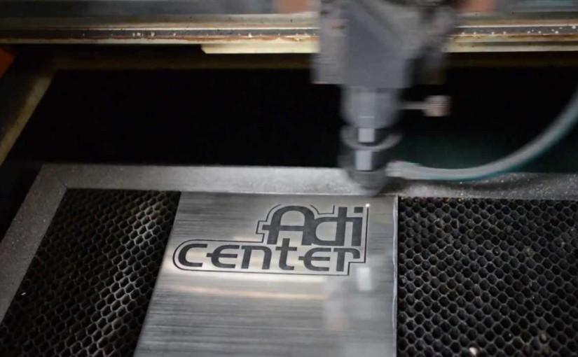 Cum te ajuta un gravator profesional fata de alte echipamente de gravura