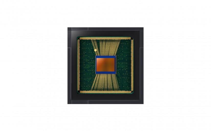 Samsung lansează un nou senzor de imagine ISOCELL ultra-subțire de 20Mp pentru smartphone-uri cu ecran complet